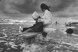 Советское фото: А. Суткус. На балтийском море. 1970